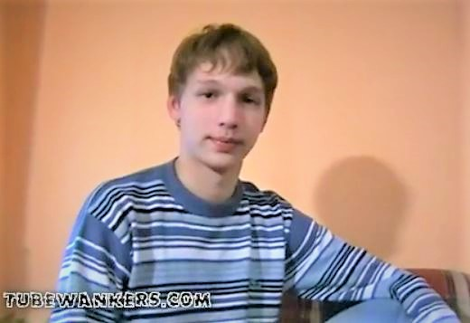 Very cute teen boy wank- more @ Gaydudecams.com