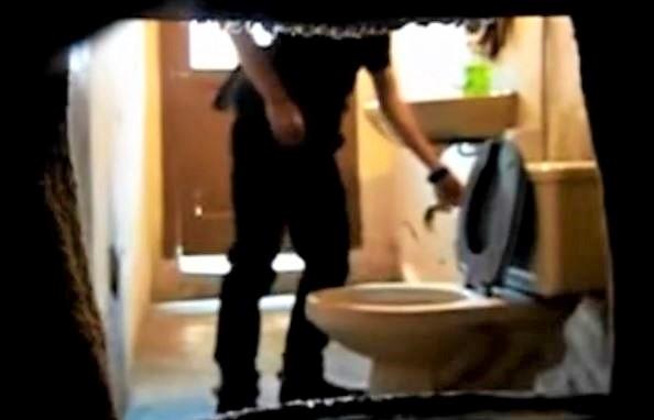 str8 jerking off spy restroom